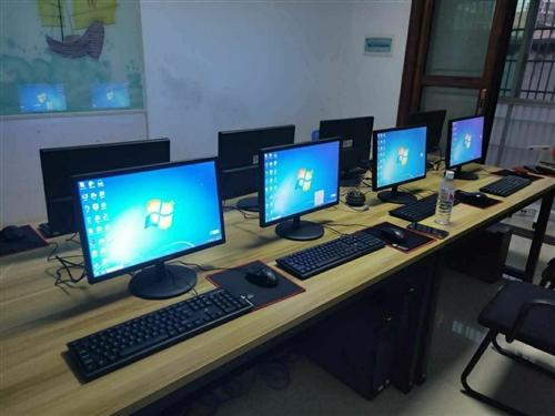 低价岀联想原装办公电脑一批,联想原装四核主机,质量很好,配置Intel四核CPU、4G运行内存,显示...