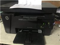 服装店搬迁收的一体机!打印复印扫描效果清晰 成色新 惠普M126A 有需要可以联系 耗材相当便宜