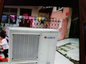 出售**二手空调,5p立式柜机1台,挂机两台