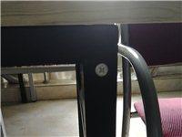 60×120大小,可作为餐桌,书桌,等,共有15张桌子,因工作需要,现急需转让。