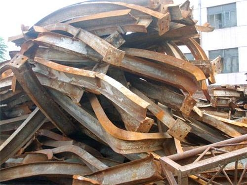 批量回收廢銅,鐵,鋁……等金屬。主要包括機械設備,廠房鋼構,電機電纜線,銅板鋼板鋼筋