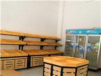 一个收银台规格:140×60×100, 280元, 一个三门展示柜 ,600元。 货架150元一...