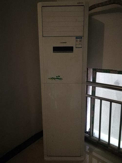 格力空调出售,平时没怎么用,需要的带走,开阳汽车客运站附近,电话:18111807589