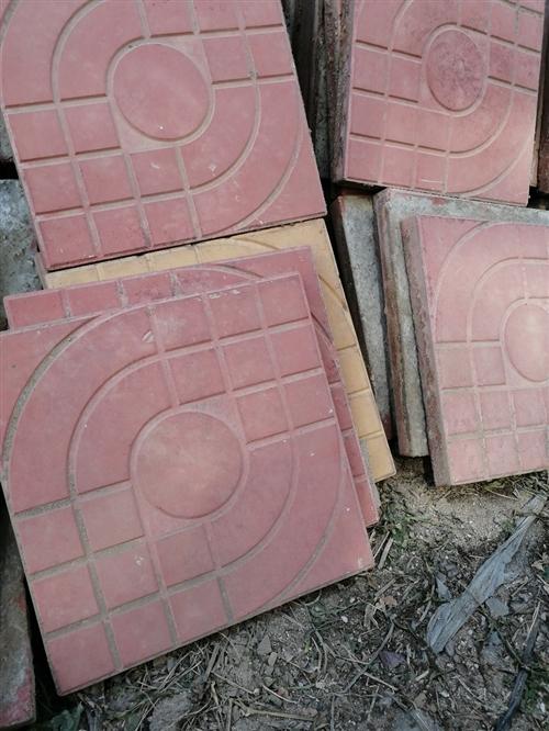 广场用砖,庭院用砖。量大,价格便宜