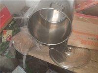 麻辣燙全套設備出售,早點設備!房租也快到期了,冰箱灶,不銹鋼桶,桌子,都不到半價的價格賣!