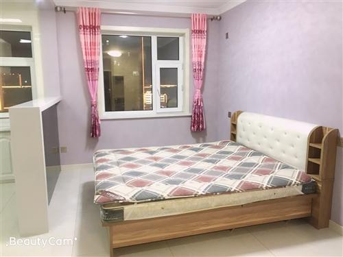 大润发精装公寓出售,临近一中和十中,生活便利,投资的**选择
