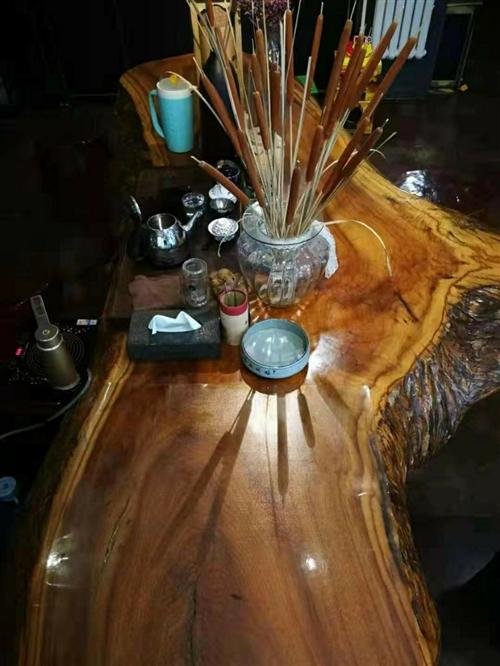 根雕茶臺,長三米…黃蠟樟