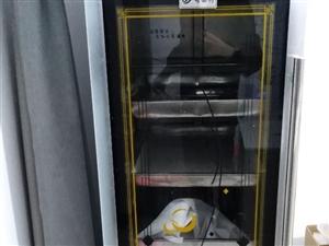 发酵箱(醒发箱)、冰箱,用了5个月,**的,市场价六折出售。石家庄市门管送。