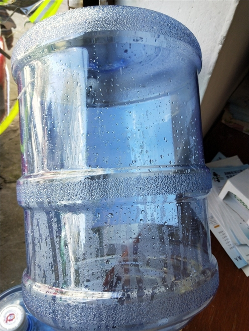 求購礦泉水桶和純凈水桶