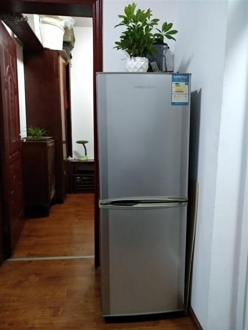 冰箱买起一直插电放至现在,除了在冰箱里面放点防老鼠蟑螂偷吃的不需要冻的干货食品以外!感觉没起到一点实...