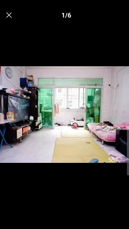香山花園2房2廳1衛2陽臺一套