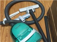 出一個買來兩個月的松下吸塵器,買的時候499,和新的一樣。有意電話聯系。