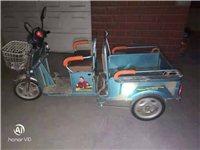 转让二手电动三轮车,燃气灶,一个小煤气罐