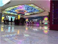 湄潭县有一KTV转让,3674平方米70多个房间,正常营业,生意稳定,手续齐全。
