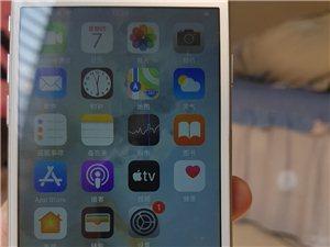 苹果8国行64g手机功能完好 换过触摸屏 便宜出  本人在那大 要的短信或电话联系