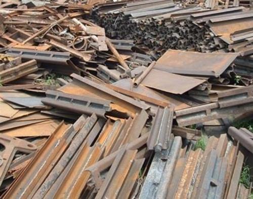 高價回收廢鐵,舊鋼筋,工地廢料,廠房拆遷機器設備,銅鋁不銹鋼。歡迎來電咨詢