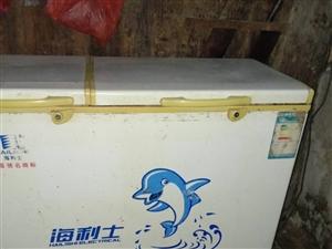 家用两台冰箱便宜出售,需要的联系13885520572