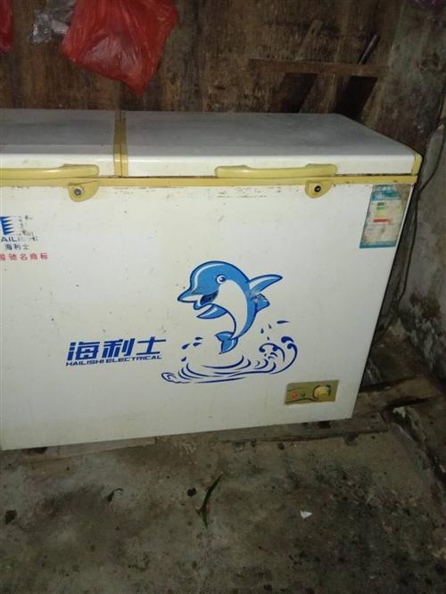 家用兩臺冰箱便宜出售,需要的聯系13885520572