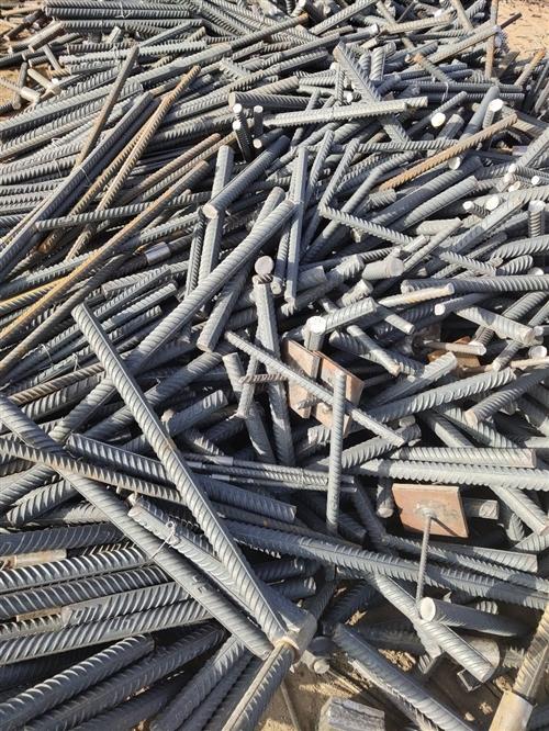 长期大量回收废旧钢铁,报废机电设备,废铜,废铝,不锈钢,价格公道,欢迎来电咨询13619377222