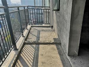 凤北雅居小区电梯毛坯房出售,户型周正,采光好,楼层好,学区房,离菜市场近