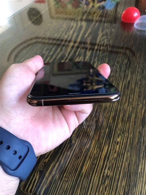 iPhonexs max国行金色256G,自己用的机子,九千多买来的,现在低价出售,机子保护很好,全...