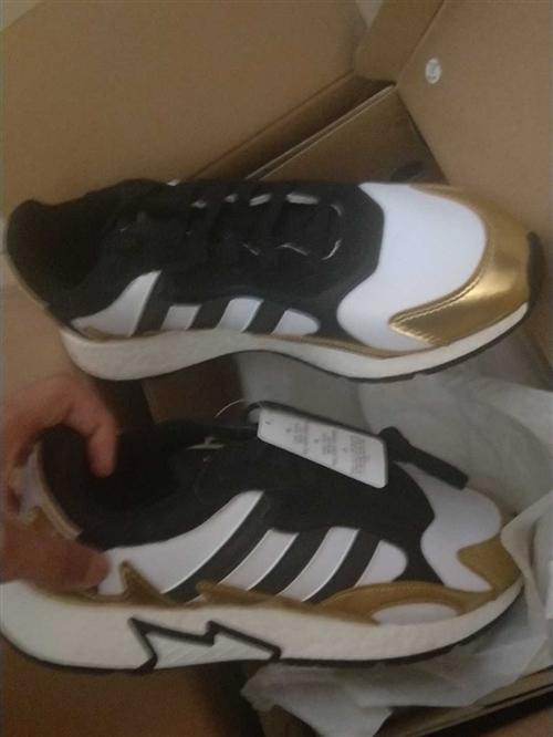 阿迪达斯官方 adidas 三叶草 TRESC RUN BR 购买于京东,**  一次未穿,男鞋42...
