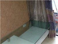 茶幾一個,如圖,非常厚實的鋼化玻璃面板,比較重,原價1680元,家里需要騰地方,擺不下了,有用得著的...