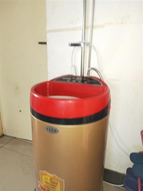 自用移动式洗澡机,九成新,即用即热使用非常方便。