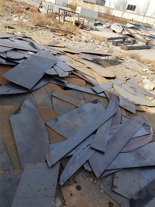 长期上门回收各种废旧钢铁,线缆,报废机电设备,现金收购,量大从优,电话13619377222