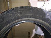 175/60 r13,77h 14年的胎,由于总是跑高速,心里没底,所以换了,原装胎,只有扎胎补过的...