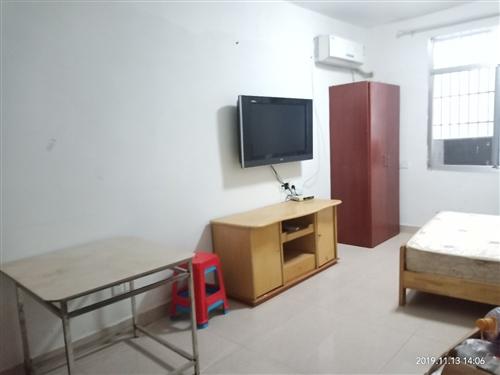 礦務局,一樓一室一廳一廚一衛,熱水器,彩電,空調,床,床墊