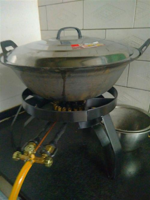 厨房灶具,要的联系。18700720996