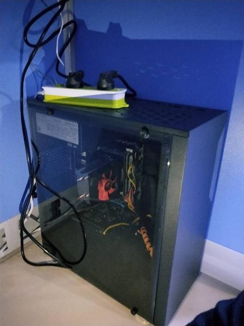 出售臺式高配置電腦,機箱E5 高兼容處理器,8核16線程,16G內存,固態硬硬盤,家用,辦公,多開,...