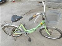 公主款杰貝24寸自行車,鋁合金車把輪轂,高碳鋼車架,有筐有鎖,七八成新。