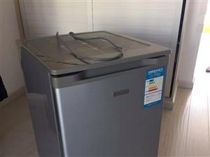 个人家用小冰箱 非常好用 因换大冰箱闲置