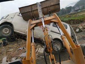 高价上门回收报废车,货车,工程车,面包车,皮卡车,摩托车,踏板车,只要是您要卖废铁的车都可以联系,(...