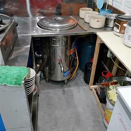 现有一批餐馆厨房用品如图,全部八成新,只是有点脏,低价处理,诚心者电联
