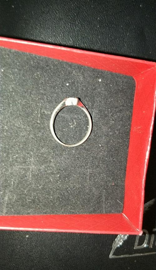 铂金戒指,女款