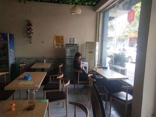 因鋪子不開了,處理所有餐館用具,冰箱、空調、桌椅、消毒柜、吧臺、蒸飯車、洗碗機、碗筷,地址彭山城區