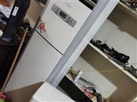 门市部到期了,不搞了,还有大冰柜一台,1200升的,处理美的空调,大3匹,还有一台了,非常新的,原价...
