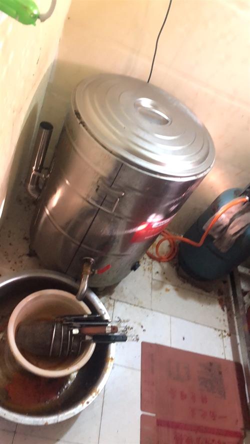 煮面鍋,熬湯都可以,價格優惠,使用5個月!15002101140!