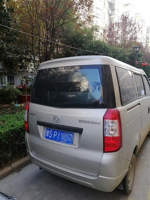 私家 闲置面包车 车况良好 手续齐全 都是才办的 内有空调