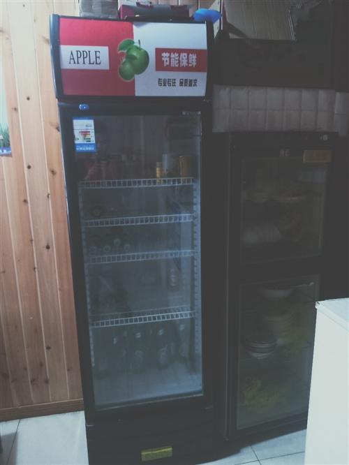 煲仔饭机6头  展示柜  卧式两温冰柜2台 1.5米无烟烧烤机  厨房抽油烟机带净化器2.5米低价出...