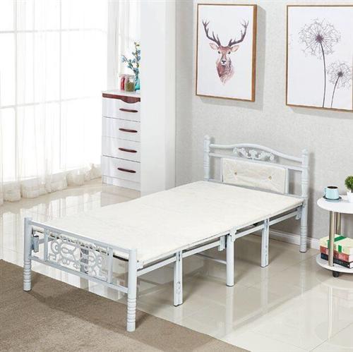 100%新折叠床,包装未拆,宽1米,当初在淘宝上精心挑选的,质量好、美观大方。 现因工作调动低价转...