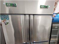餐飲用的四開門冰箱,冷藏,冷凍都可以,才用四個月,煮面筒三個,也是才用四個月,面館的一切用具齊全,誠...