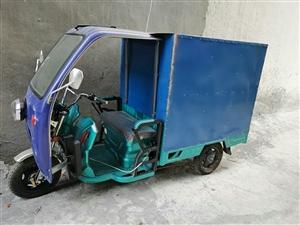 本人有一辆9.5成新金彭电动三轮车出售,配60伏45安电池。前面挡风和车箱都已经焊接好,因为本人暂时...