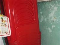 九成新凳子 加厚加大的 不是那種便宜的  地址在余江 一共有20張 10元一張便宜賣了
