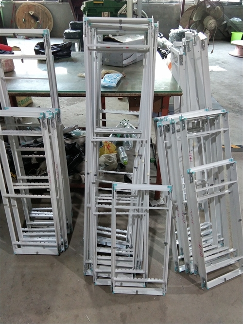 塑钢材质空调出风口,各种型号,各种产品为您定制。18889330510.符先生