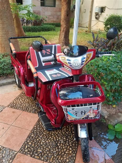 出售2019年5月份宇峰牌电动三轮车,5块电瓶,拉货载人均可。