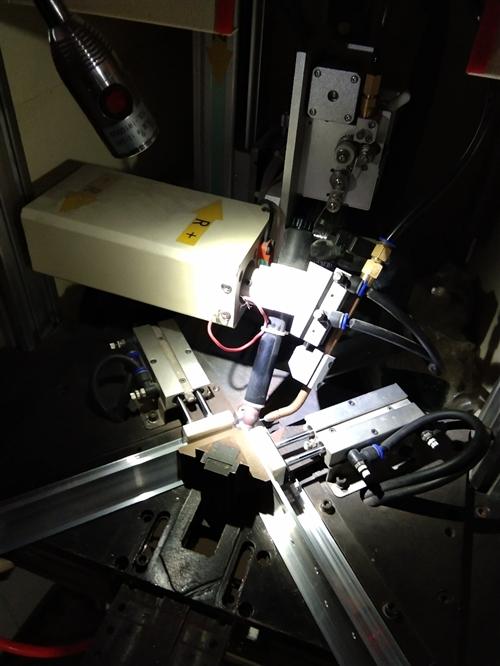 高质量的焊接,更精致的修整,专业的喷徐,这就是我们的职责。